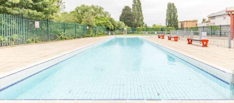 Facilities at finchley lido leisure centre barnet better for Outdoor pool london