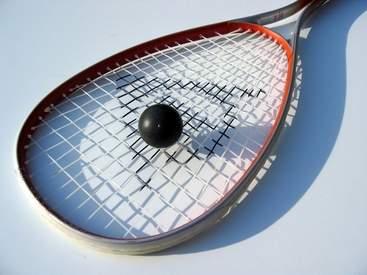 squash-racquet-1425492-640x480.jpg