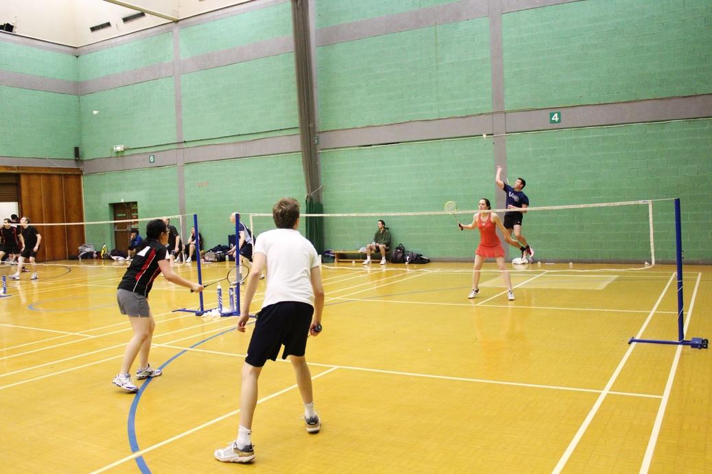 No Strings Badminton - Bodmin Leisure Centre