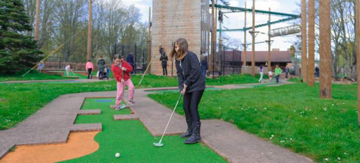 Mini-Golf-edit-for-web-news.jpg