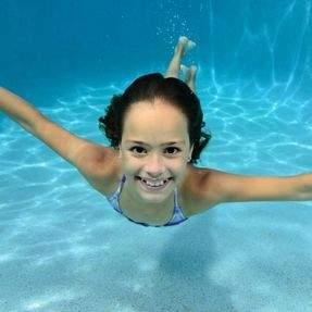 News_Story_Image_Crop-Junior_female_swimming_underwater.jpg