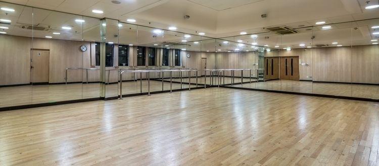 Hammersmith_Fitness___Squash_Centre_-_Stills_-_High_Res-4.jpg