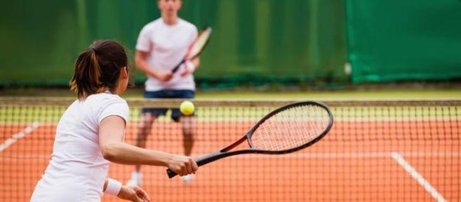 Homepage_Panels-Couple-playing-tennis.jpg