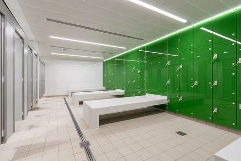 London_Fields_Lido_Changing_Room.jpg
