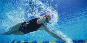 Homepage_Banner_Desktop-Swim_Woman_Front_Crawl.jpg
