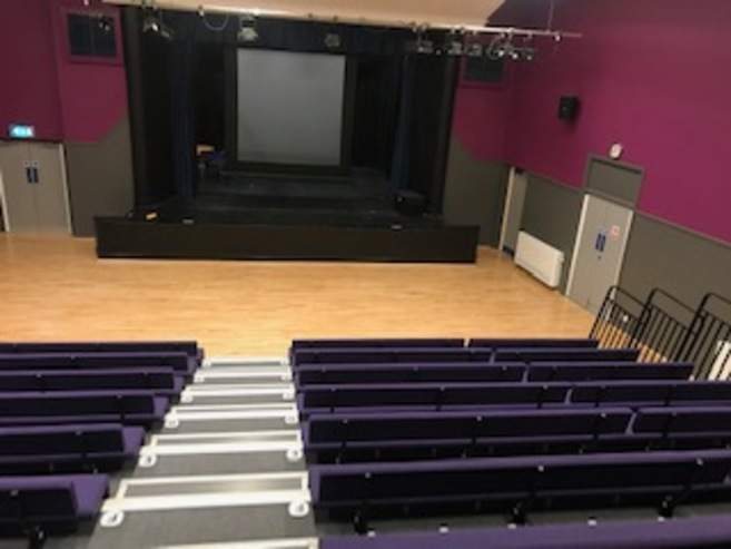 New_theatre_Stage_area.jpg