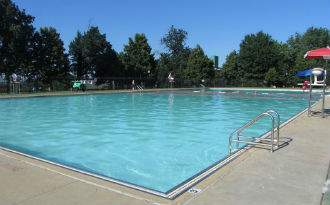 riverside_park_and_pools.jpg