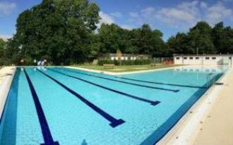 Abbey_Meadows_Outdoor_Pool.jpg